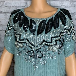 TOP SHOP EMBELLISHED TOP LIKE NEW SZ 2